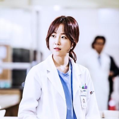 Yoon Seo Jung