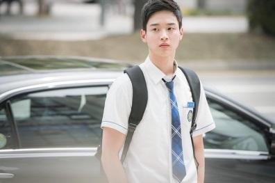 school-2017-stills-jang-dong-yoon